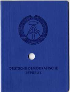 gr��eres Bild - Ausweis DDR Personalauswe