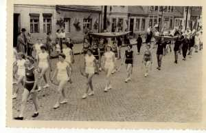 enlarge picture  - photo sports event 1940