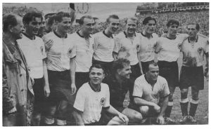 enlarge picture  - book soccer champion 1954