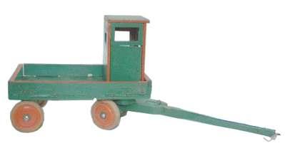 Spielzeug der deutschen Nachkriegszeit - Pferdeanhänger