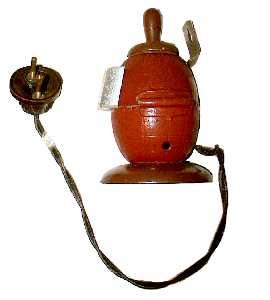 Feuerzeug aus Splittermantel von Eihandgranate  Modell 1939